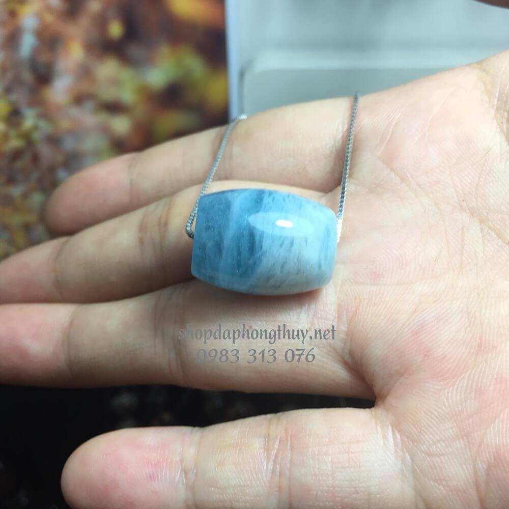 Lu thống đá aquamarine