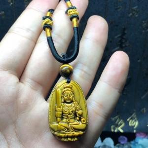 Phật bản mệnh bất động minh vương mắt hổ vàng