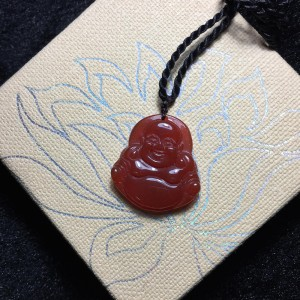 Phật di lặc đá mã não đỏ