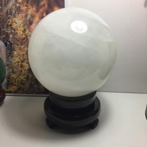 Quả cầu đá canxit trắng
