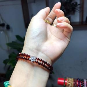 Vòng hổ phách - amber